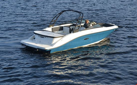 Sea Ray SPX  INT 230
